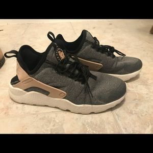save off 3fb82 b0cdc Shoes - Womens Nike Huaraches